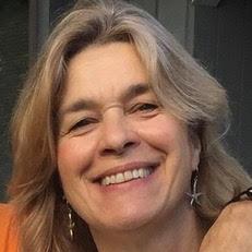 Ellen W, RYT 200
