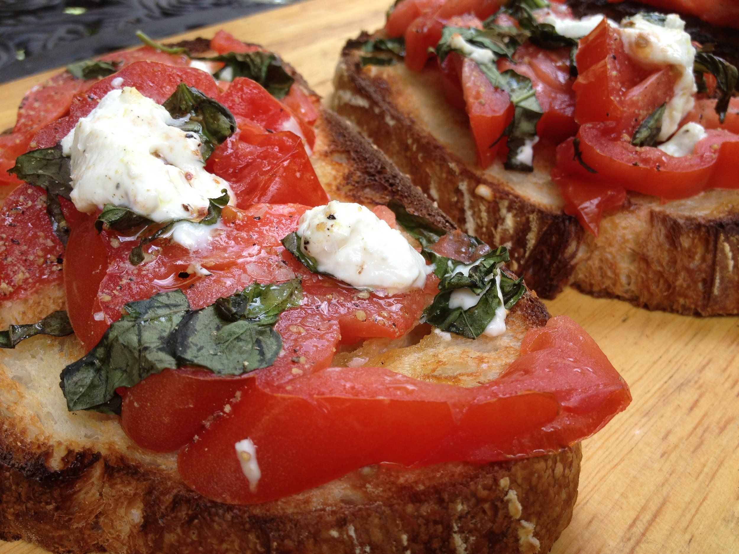 Crostini of Tomato basil.JPG