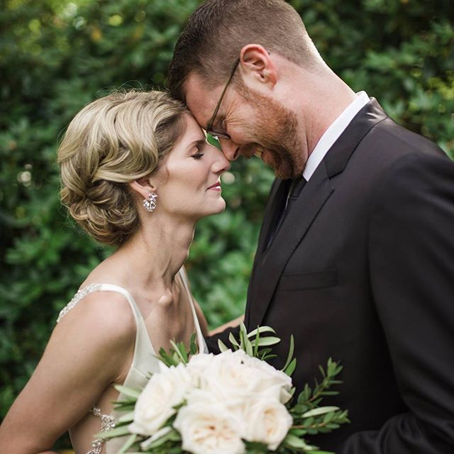 Happy Anniversary to these two love birds. Your day will surely go down in the history books 📖  Photographer @terilyn_lemaire  Hairstylist @fletcherbridalhair  Florals @theflowershophfx