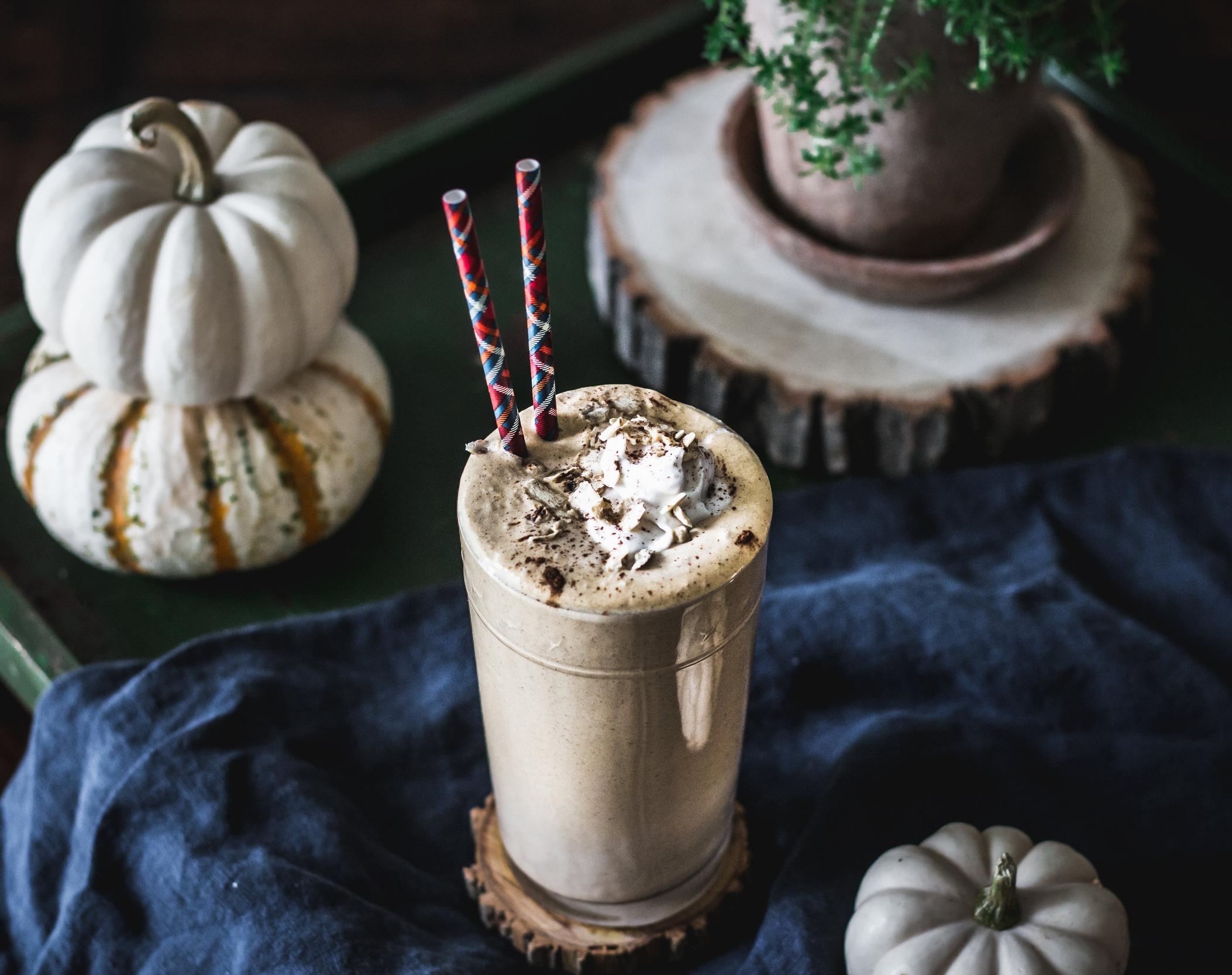 pumpkin pie smoothie (1 of 1).jpg
