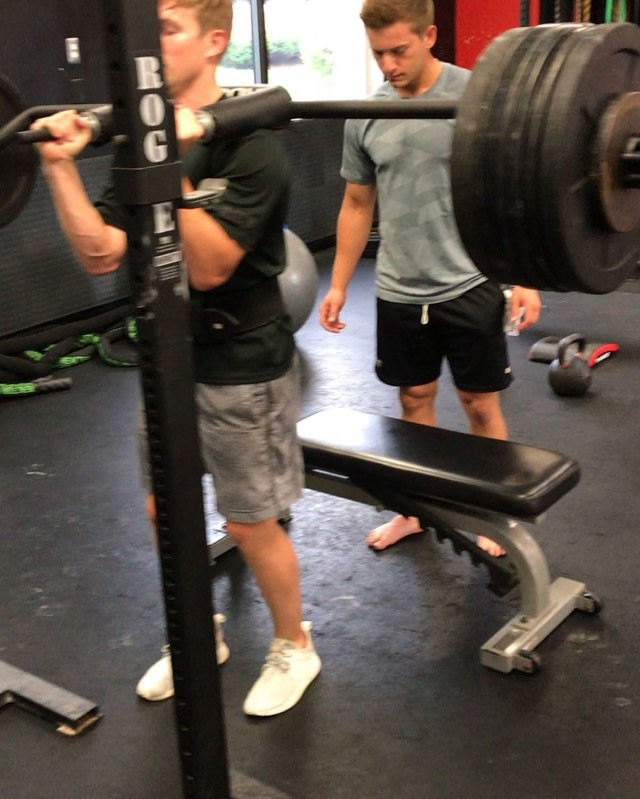 Congrats to Austin Czarnik the formerly of the Boston Bruin inking a 2-yr. deal with the Calgary Flames.  Today he demonstrates  what it takes to play at the NHL level. Standing 5-9 and 165 lbs. going thru the morning explosive phase day 1 today.  Here the initial circuit witnessed earlier by the up and coming players goes 5x5-5 at 250lbs. on safety bar split squats, takes a ::15 second break into 5 box jumps at 42 inches !  After a short break goes into pure upper body strength ripping off 15 pull-ups! Are you NHL ready? #powerofstrength #nhlcontract #nhldraft #calgaryflames #drylandtraining #dryland #singleleg #hops #stamina #earned #nhlife #offseason #explisiveathletes