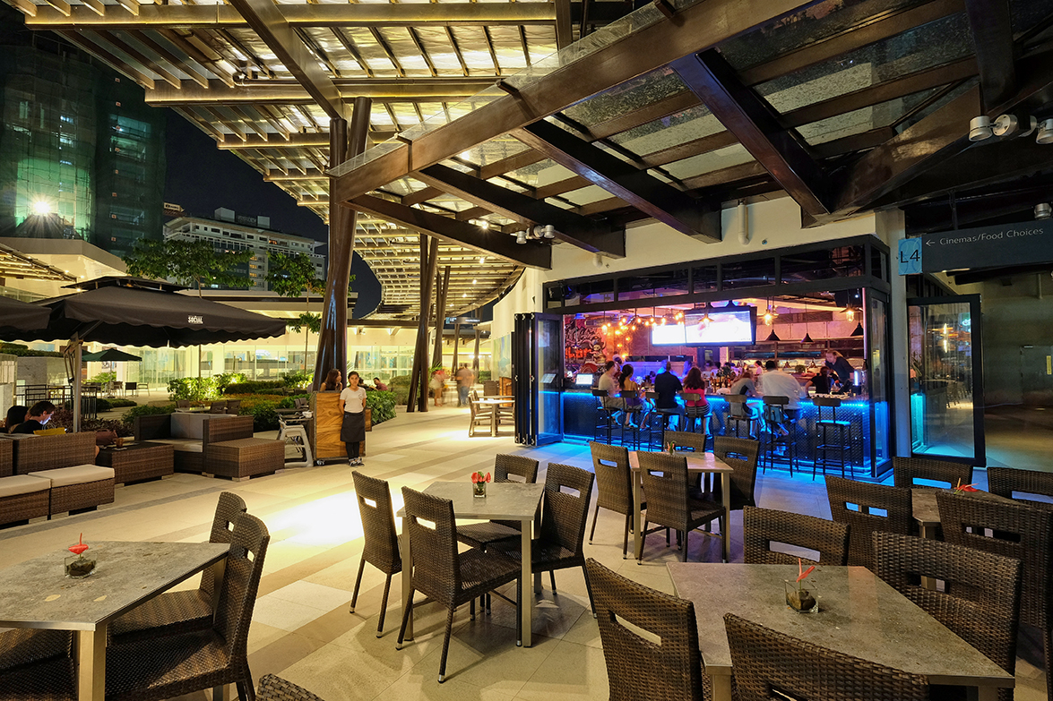 The Social Outdoor Seating Area 01.jpg