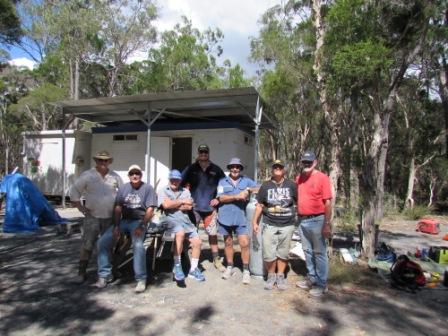 Finished - the gang - Don,Wayne,Bob,Ryan,Bernie,Karen & Joe.JPG