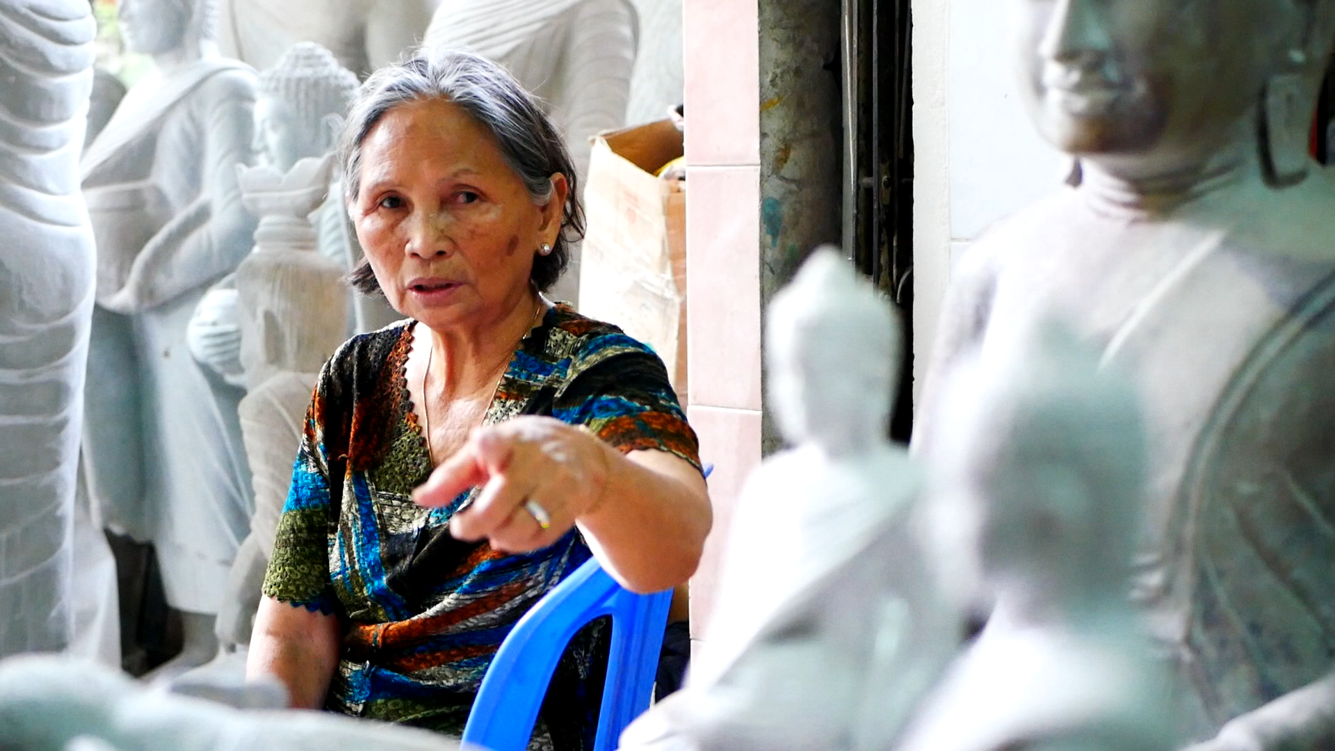 Copy of Woman Sculptor (ជាងចម្លាក់) | REMIX Phnom Penh 2019