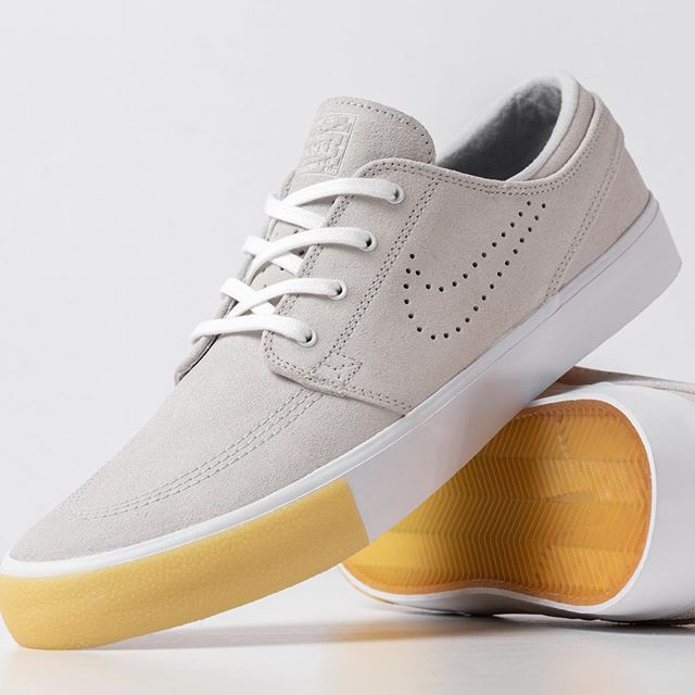 When a photographer gets new sneaks, and does product photography. Who else loves the new @nikesbstefanjanoskishoes