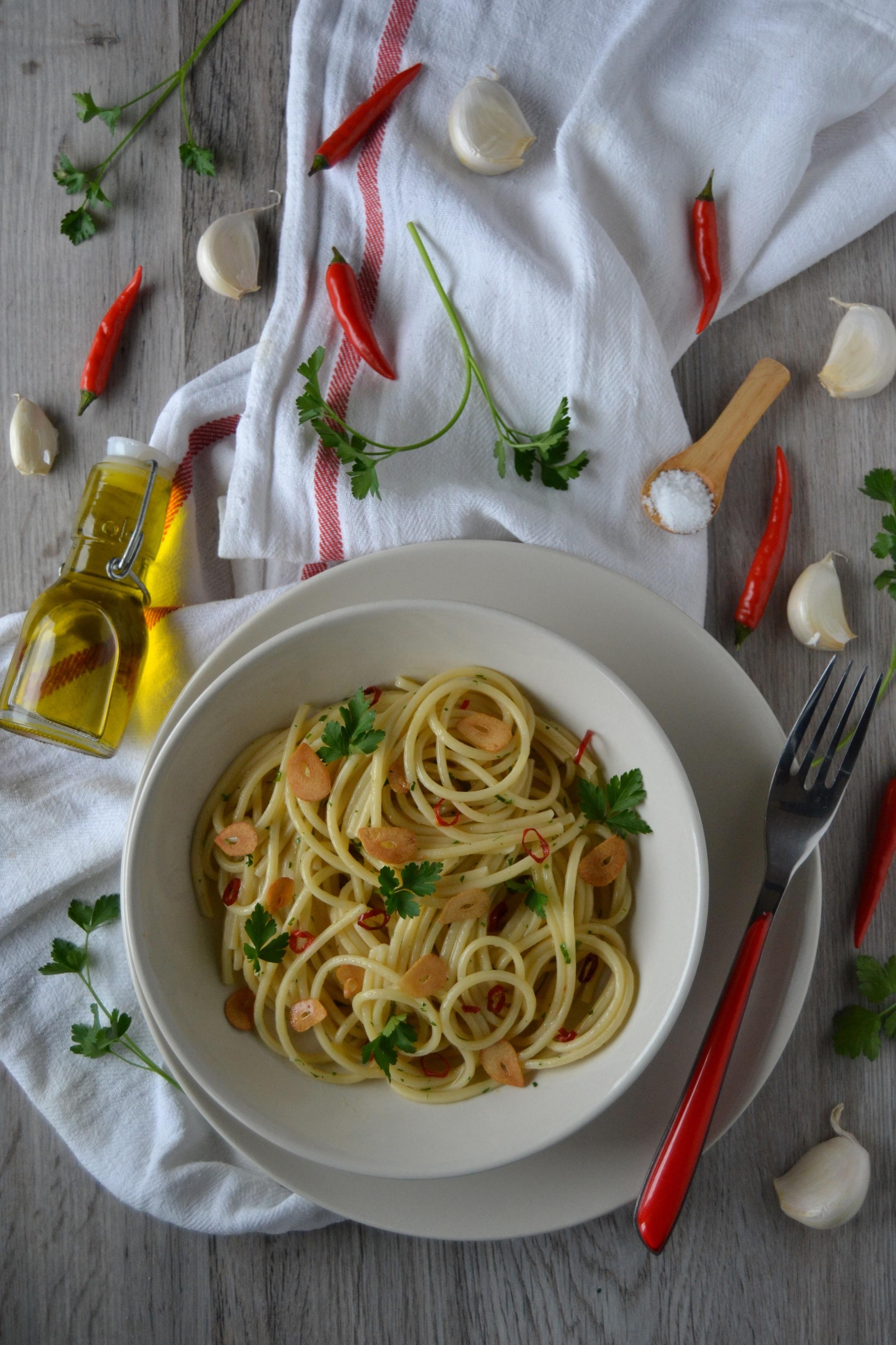 Spaghetti all'aglio olio e peperoncino