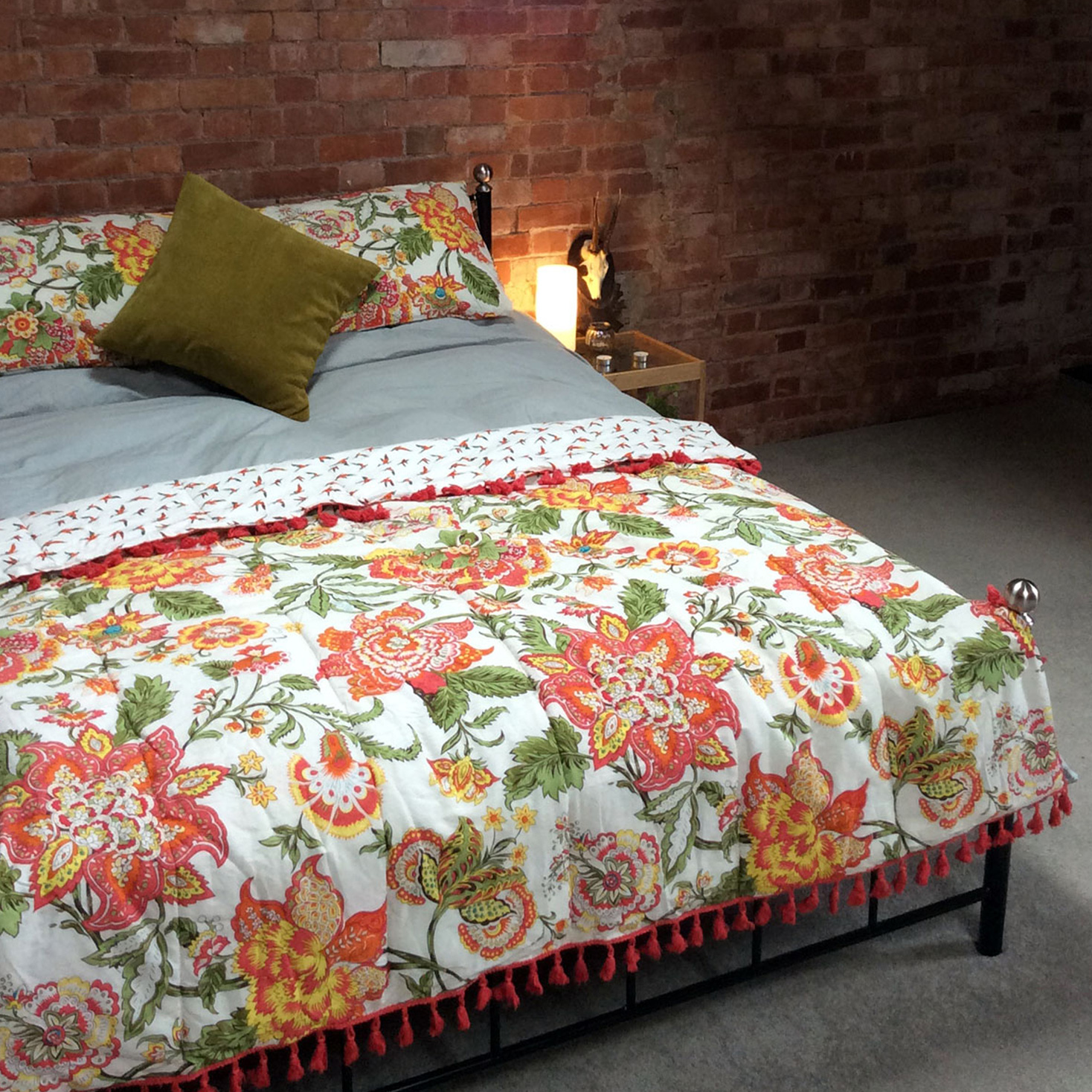 Throw in Wild Floral