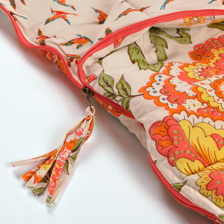 Wild Floral sleeping bag with tassle zip