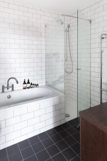 peter-11-bathroom.jpg
