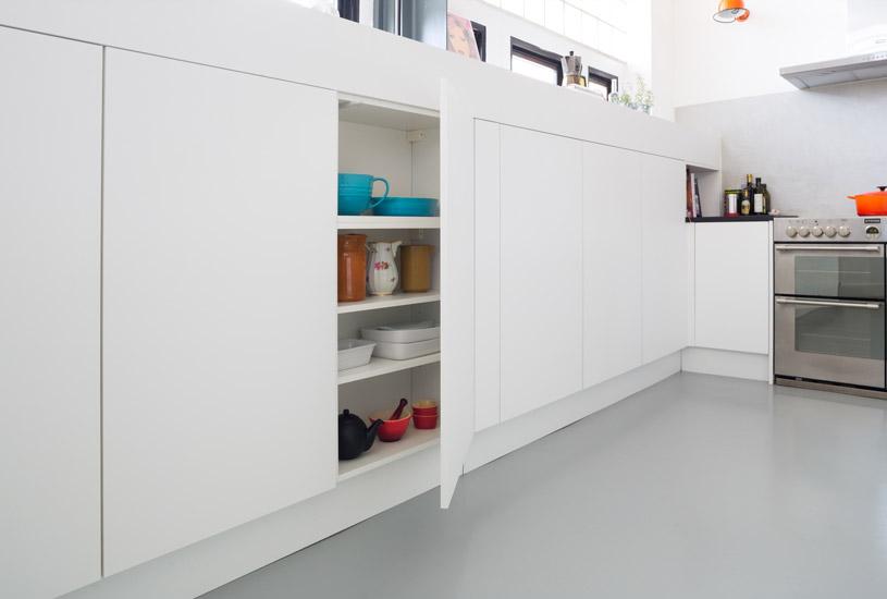 charlotte-9-open-cupboard.jpg