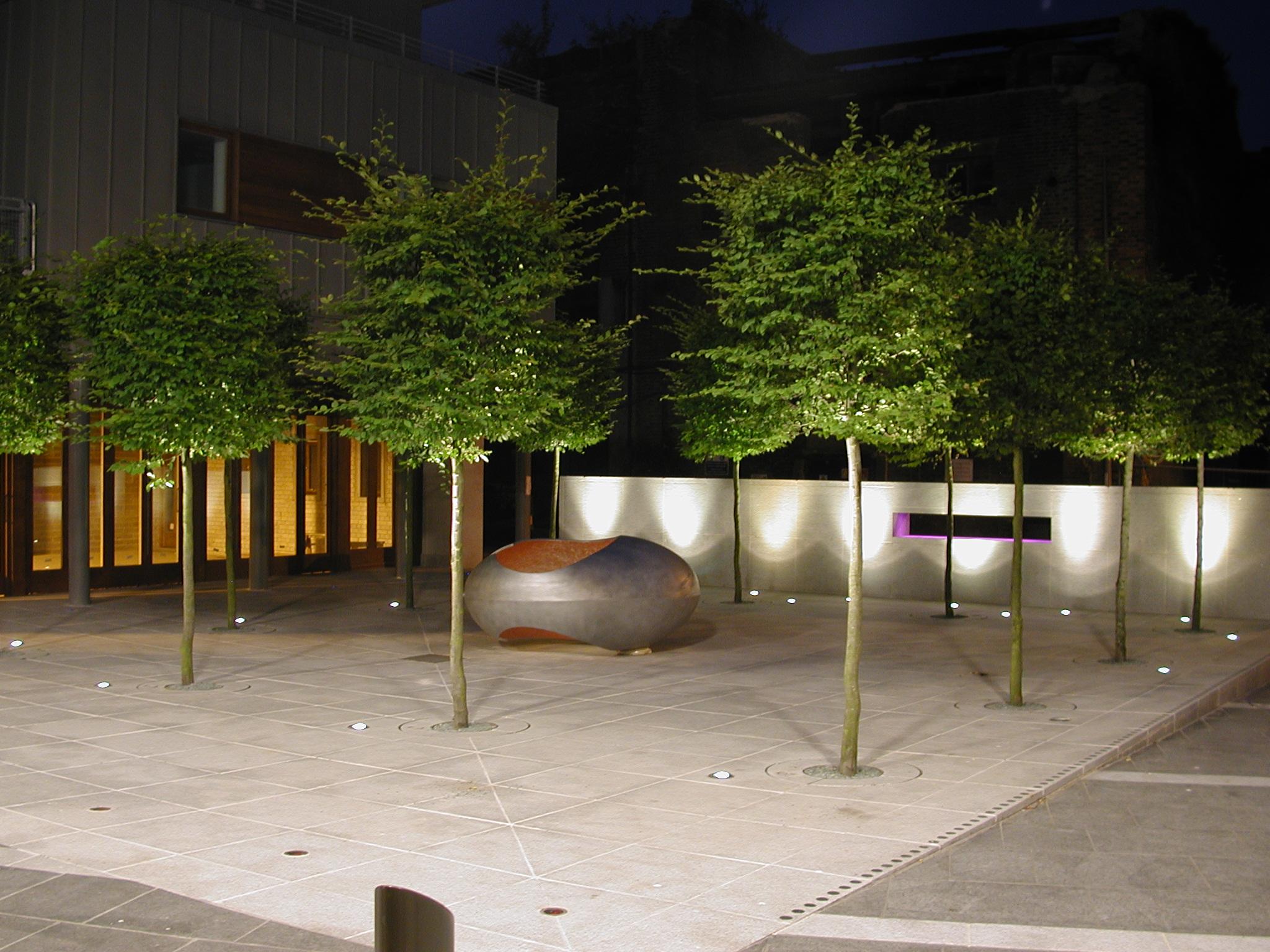 CAMPBELL SQUARE   Rose Award winning redevelopment
