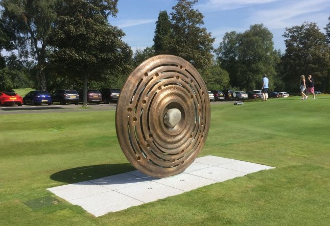 C OMING HOME GLENEAGLES  Bronze sculpture with cast glass discs