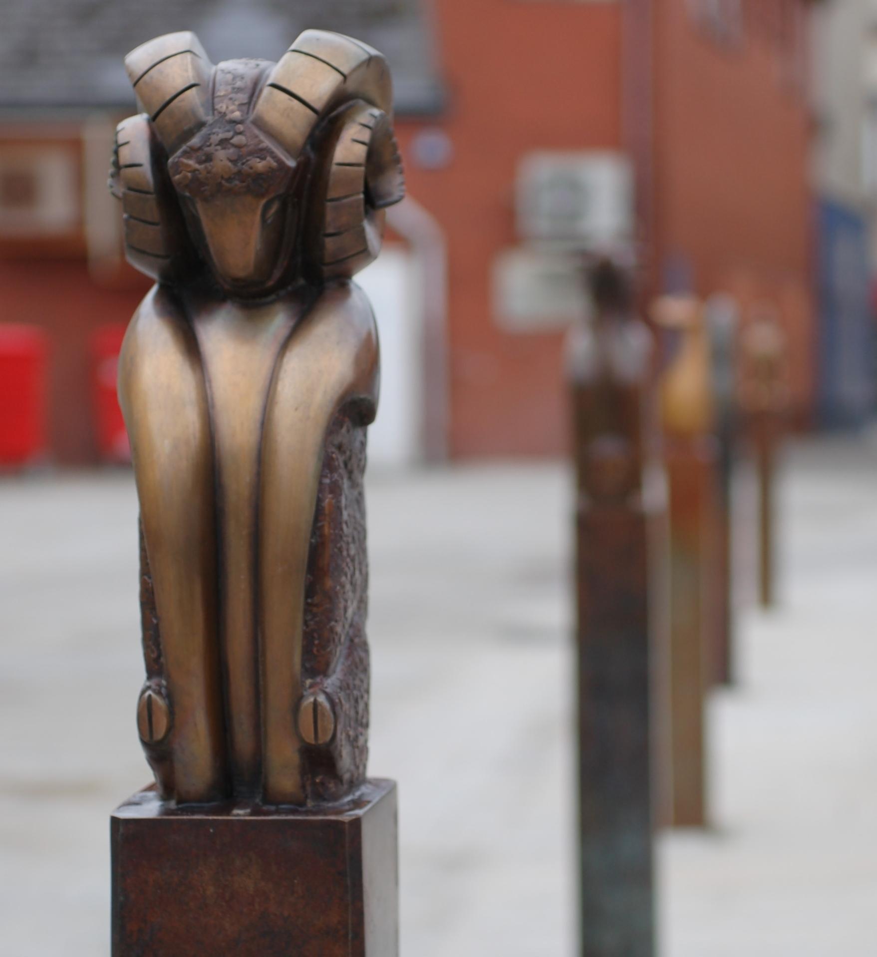 BRIDGEND - MARKERS  Bronze animal markers on Elder Lane