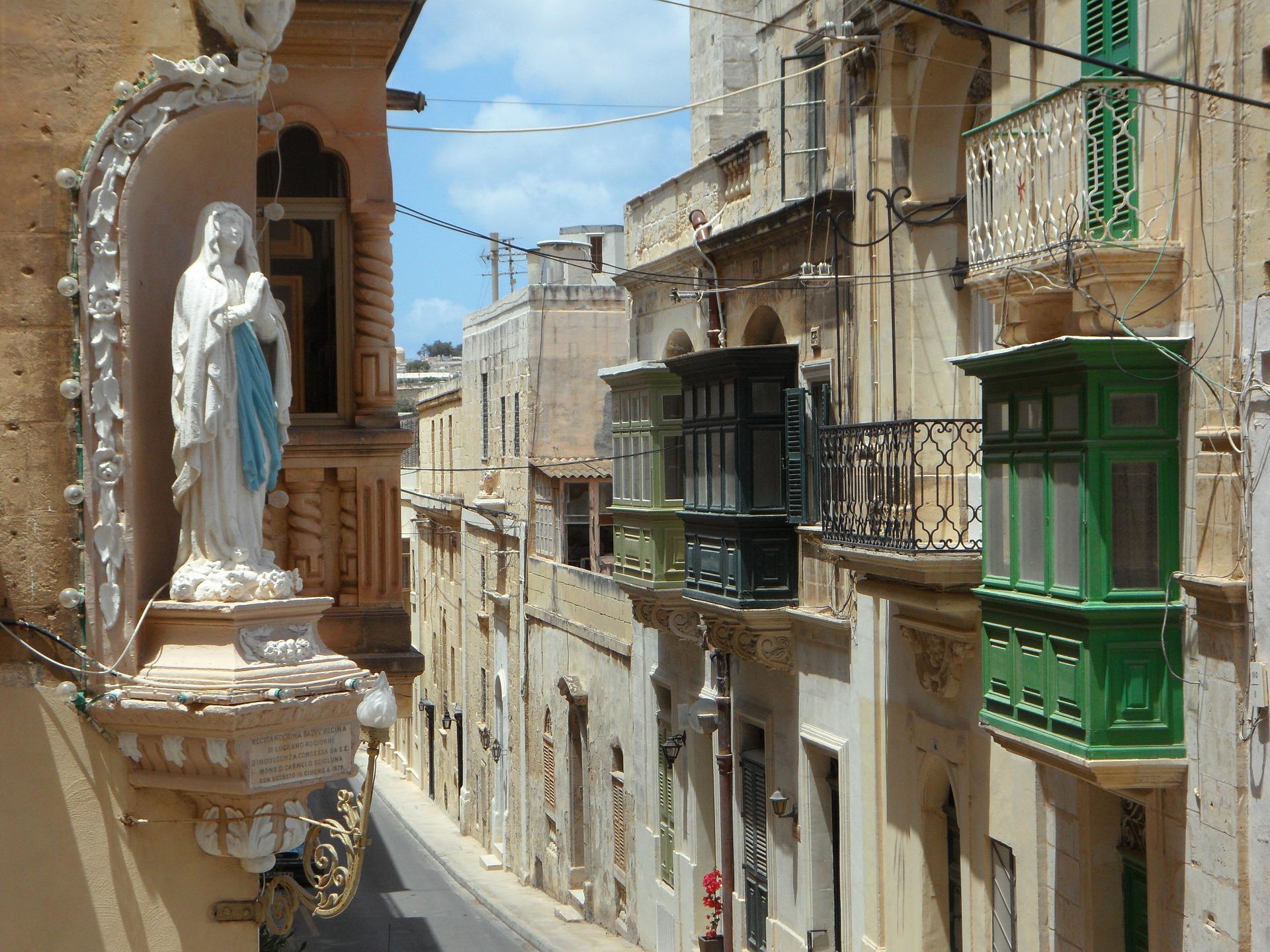 Malta Passport invest 1 (1).jpg