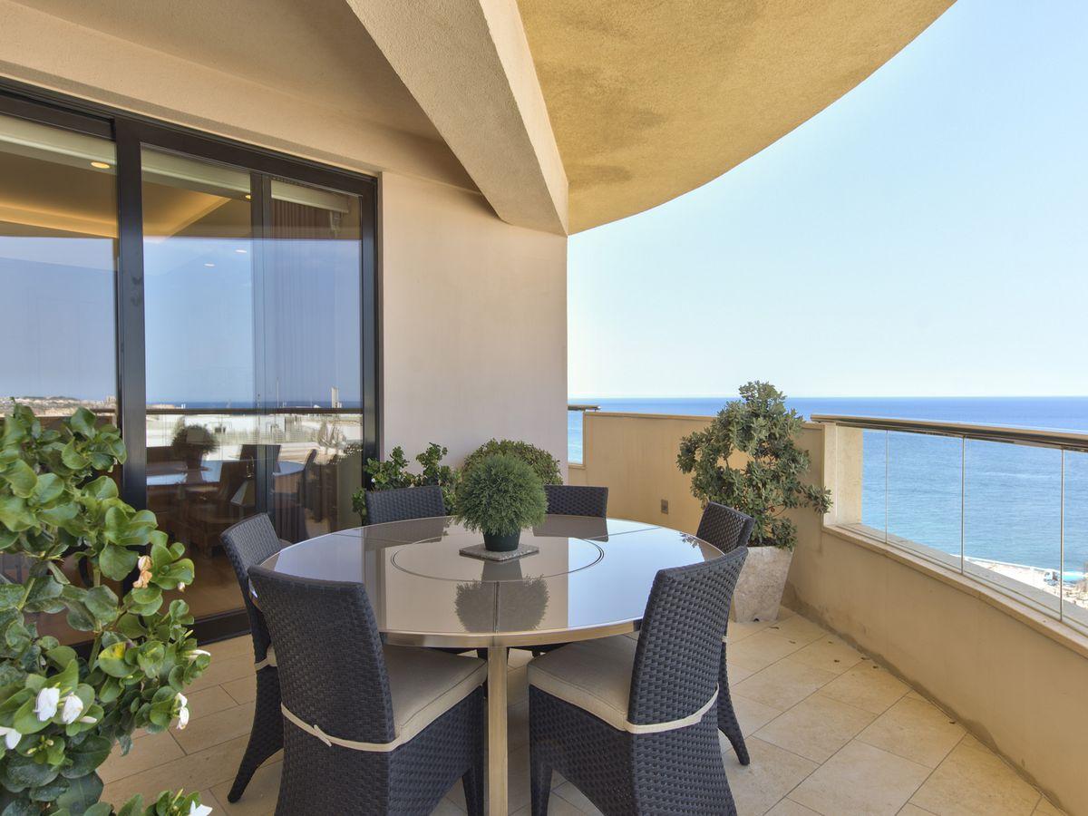 Malta property tigne point