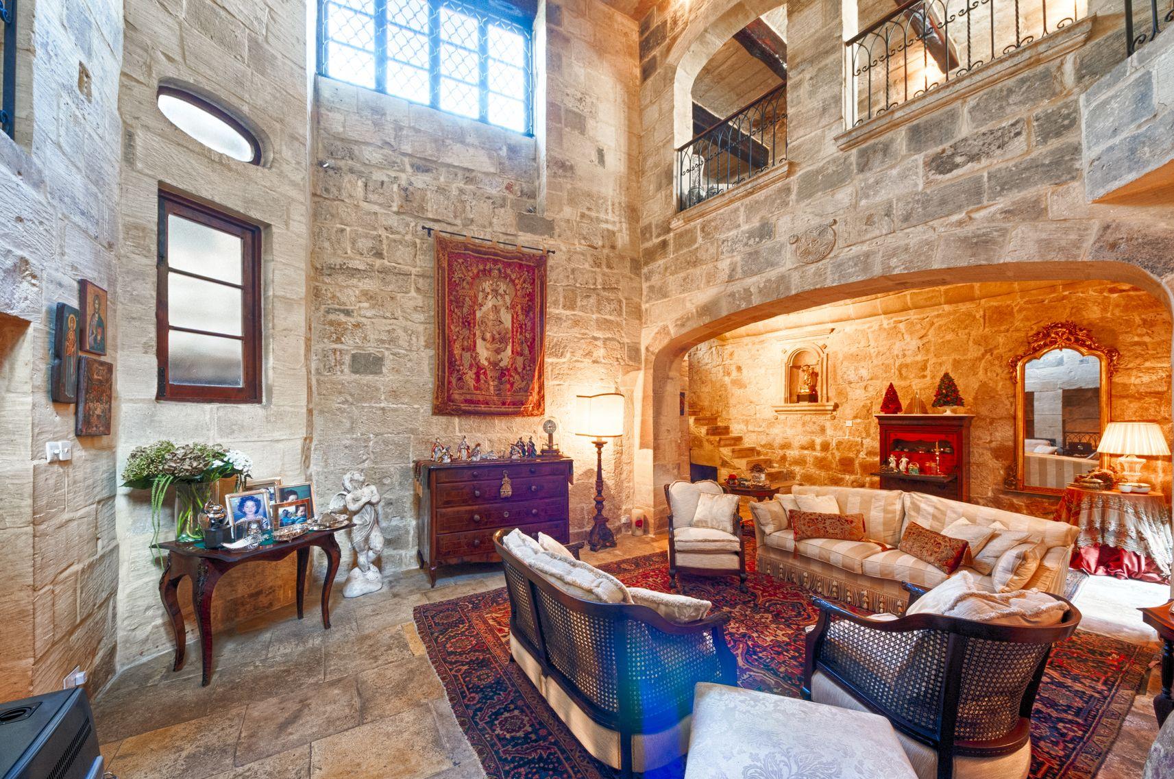 Malta property resize.jpg