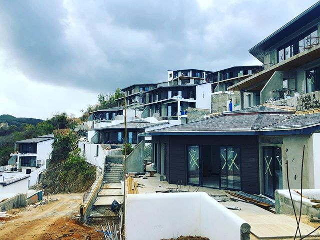 Second phase almost complete @tamarindhills . No filter on the last pic! Uninterrupted sea views, tropical paradise and the benefit of the freedom of a second passport. Antigua, property Investment from USD 200 000. @rufusgobat