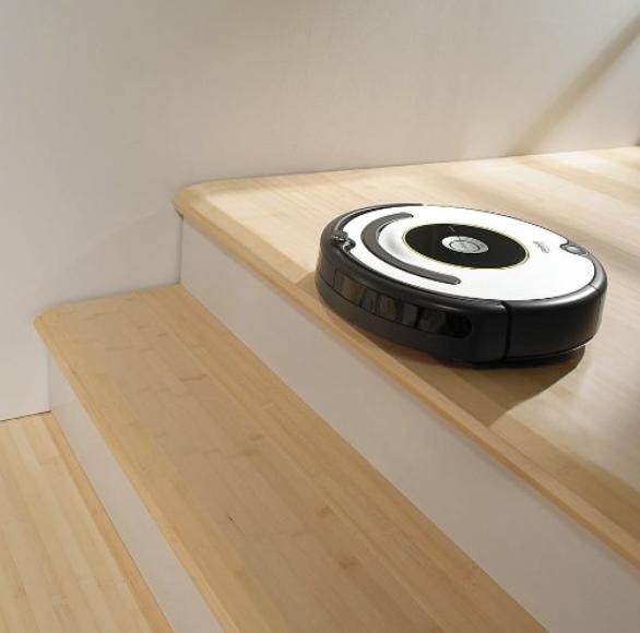iRobot Rumba Vacuum Review - whatthegirlssay.com