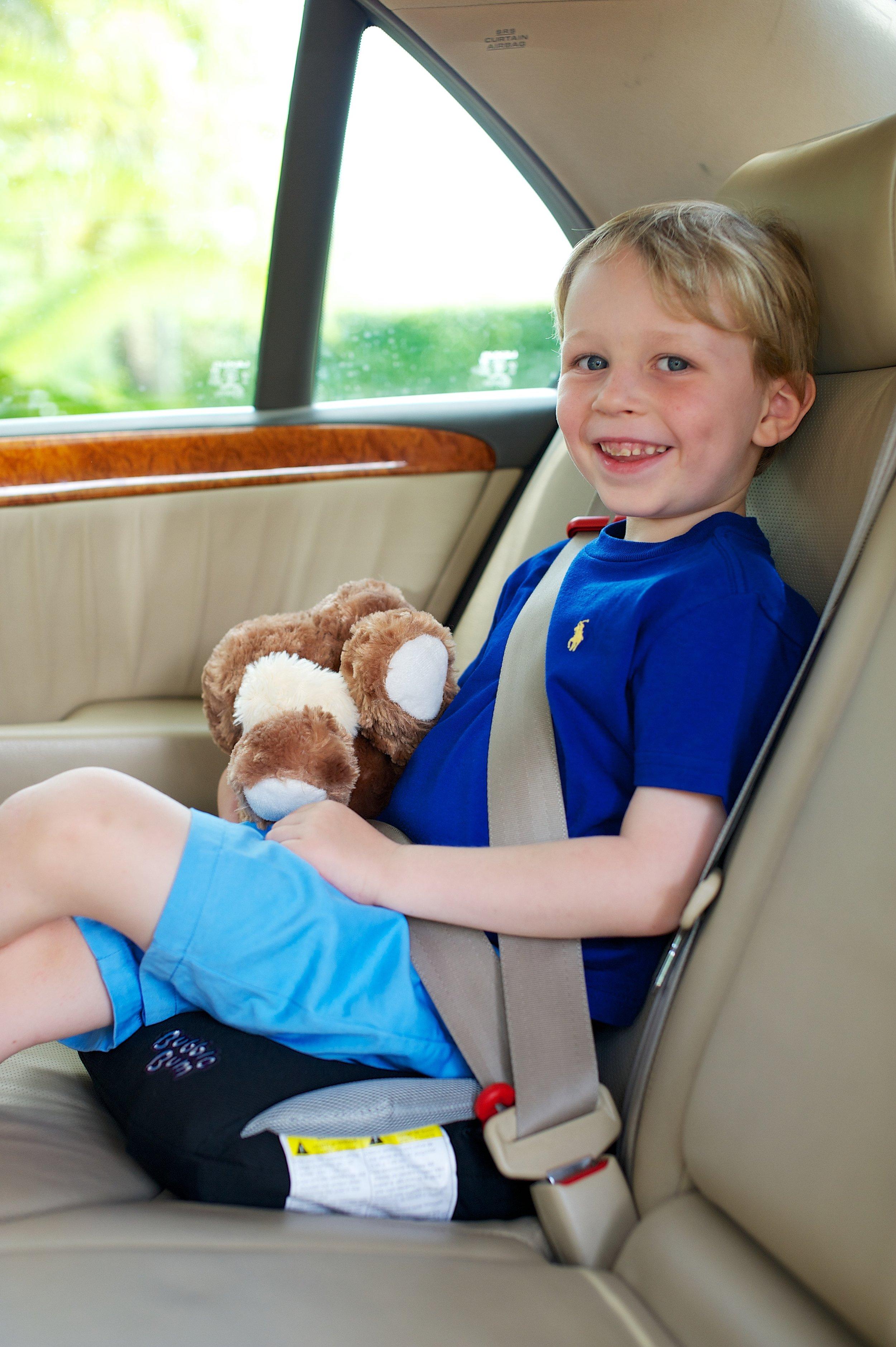 Bubble Bum Booster Seat Review - whatthegirlssay.com