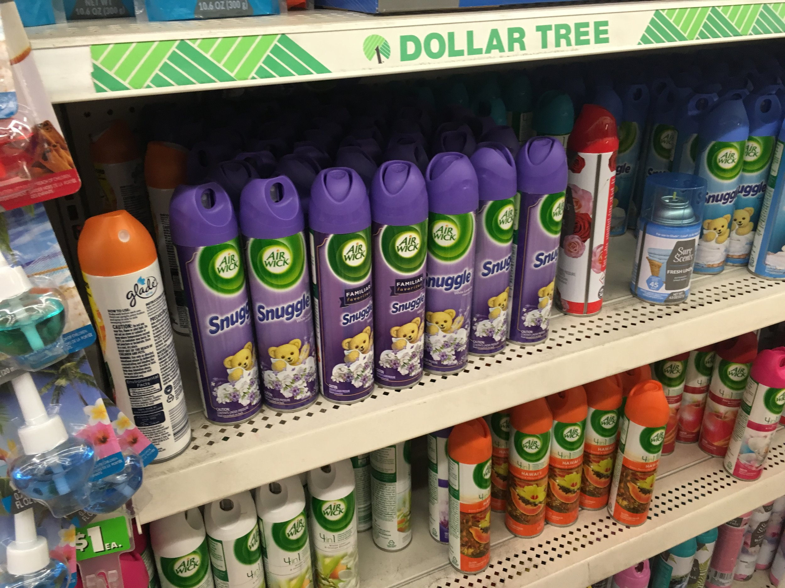 dollar store deals - things you should always buy at the dollar store - whatthegirlssay.com