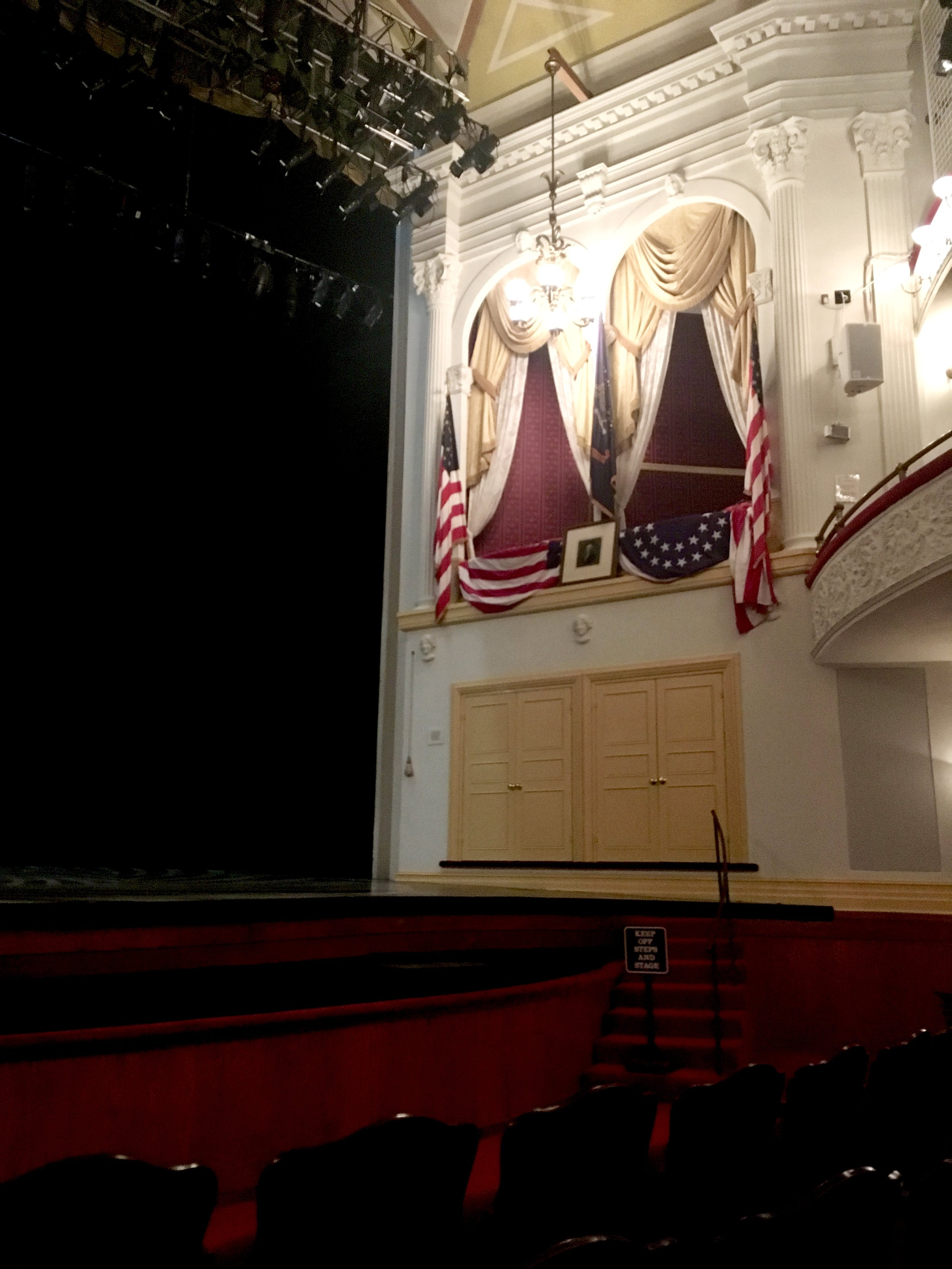 Ford's Theater - Lincolns box