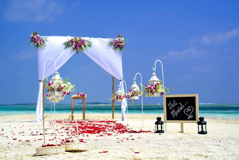 beach wedding venue questions to ask your venue