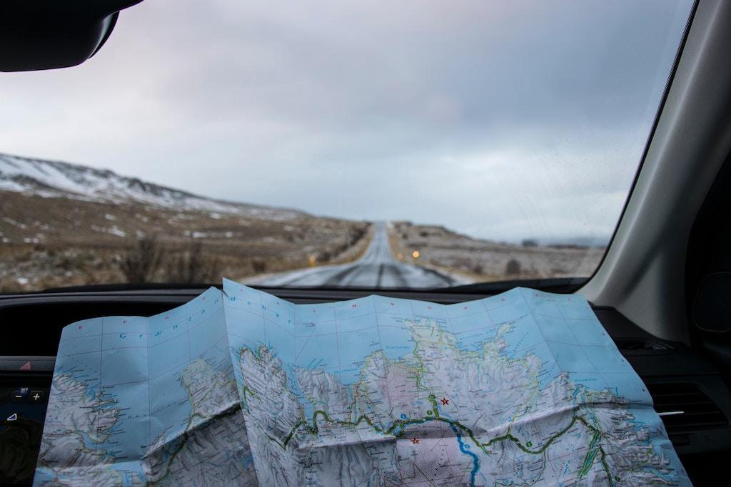 roadtrip date idea for spring
