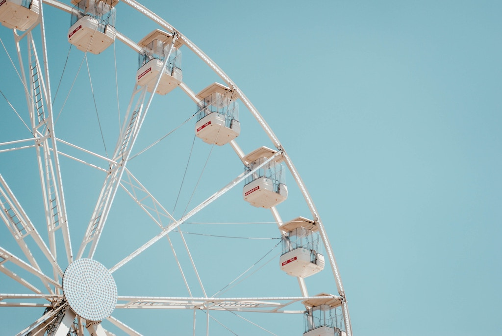 Amusement Park Spring Date Idea