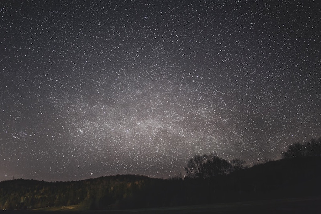 Stargazing for Spring Date Ideas