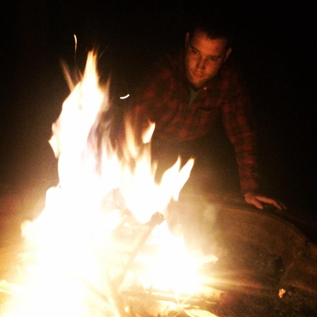 Date idea night bonfire