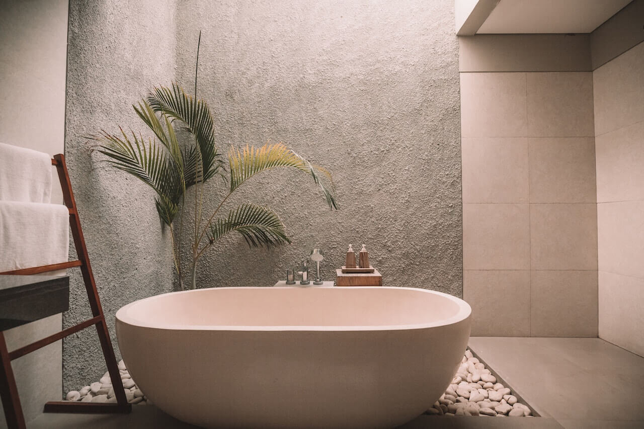 Bathtub for an At Home Spa Night Free Date Idea