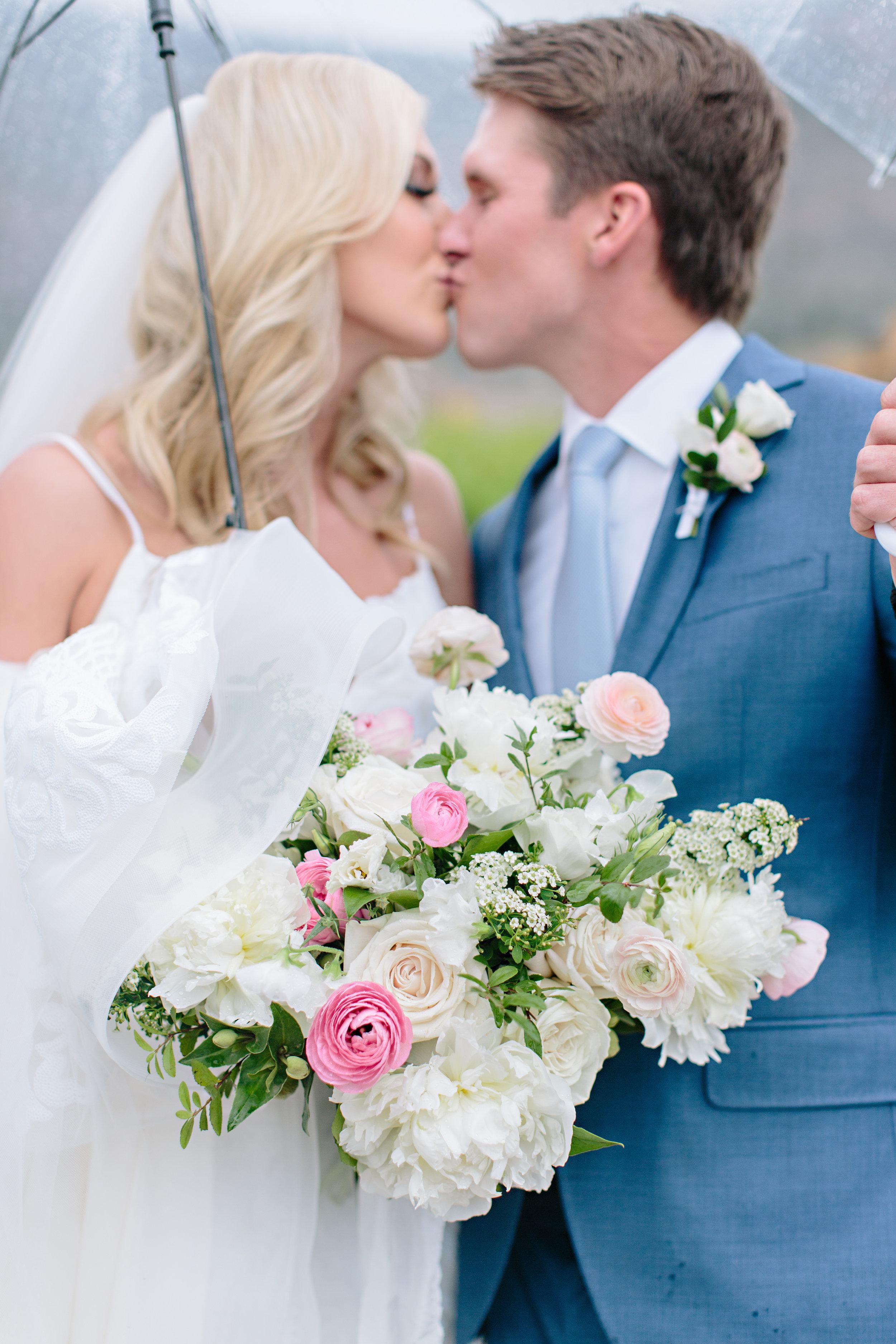Bride Groom Just Married Kiss Okanagan Wedding Kelowna Planner.jpg
