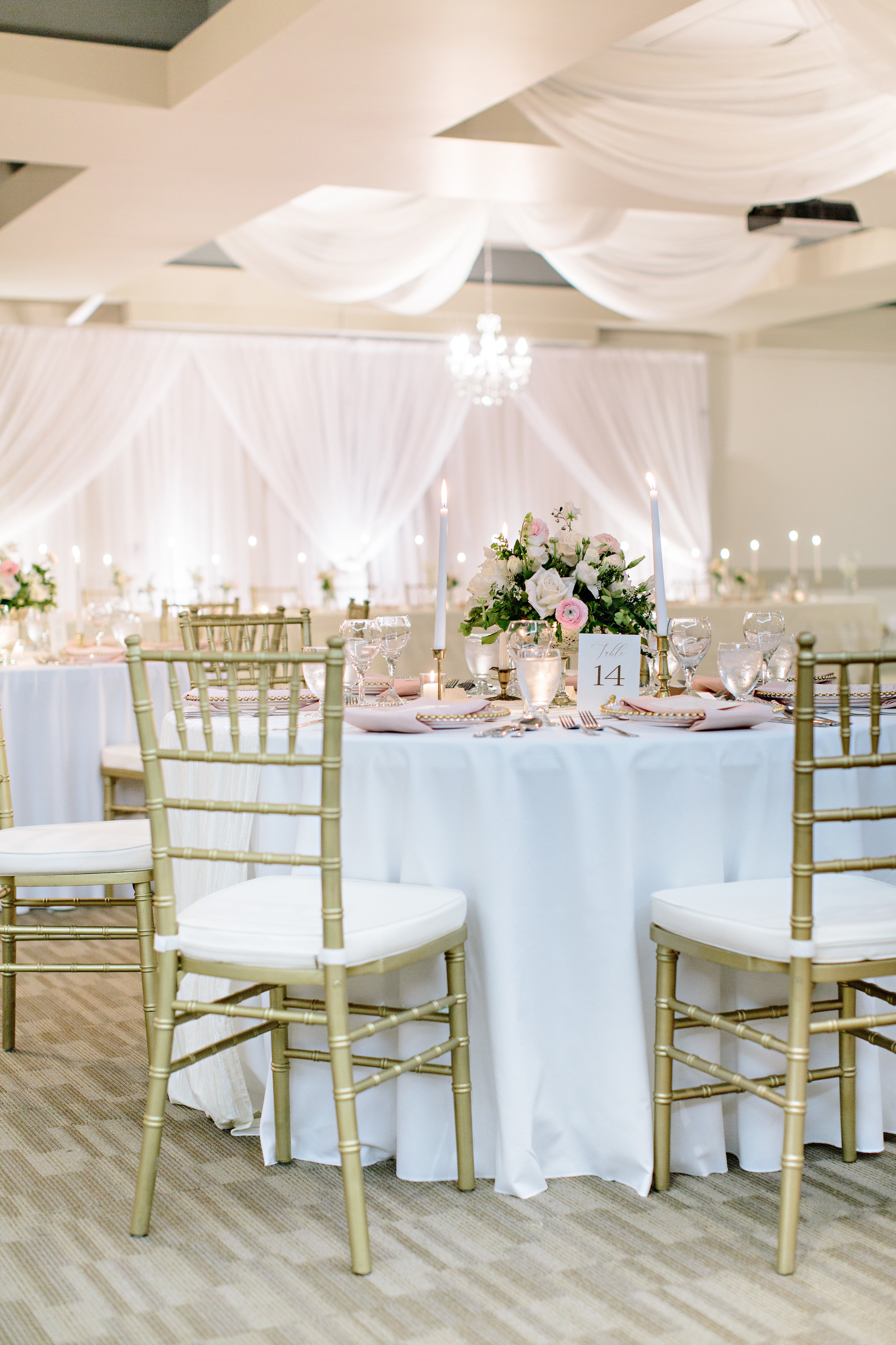 Spirit Ridge Osoyoos BC Wedding Reception Gold Blush Elegant Draping.jpg