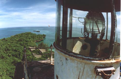 Chumbe-Island-Tanzania-Lighthouse_top_Heinz_Heile-500w.jpg