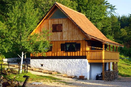 Linden Tree Retreat & Ranch Buffalo Lodge
