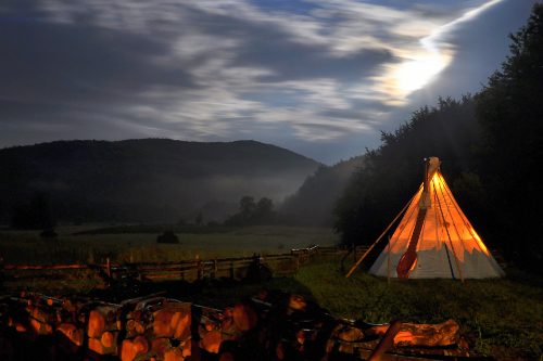 Linden Tree Retreat & Ranch tipi at dusk