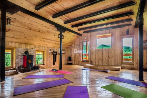 Seek balance in the Studio-Hall