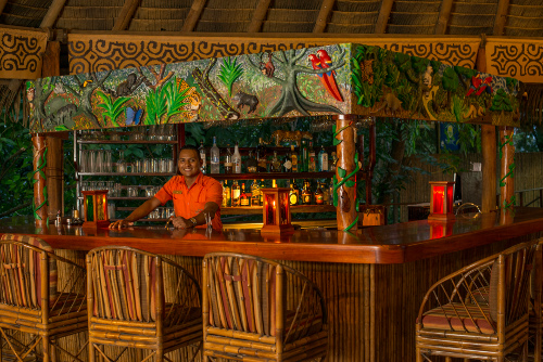 Lapa-Rios-Costa-Rica-Bar-668-500w.jpg