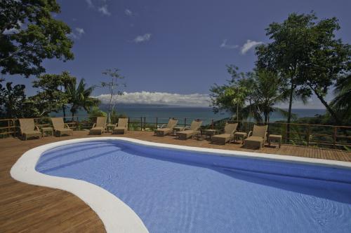 Lapa-Rios-Costa-Rica-Pool-500x333.jpg