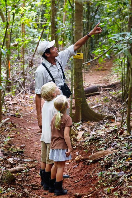 Lapa-Rios-Costa-Rica-Kids-guide-hike-500w.jpg