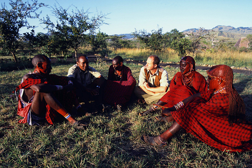 Luca and Maasai scouts meeting