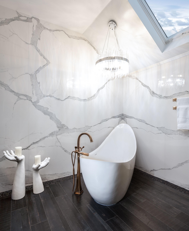 Interiors Photography - Bathroom Gondola