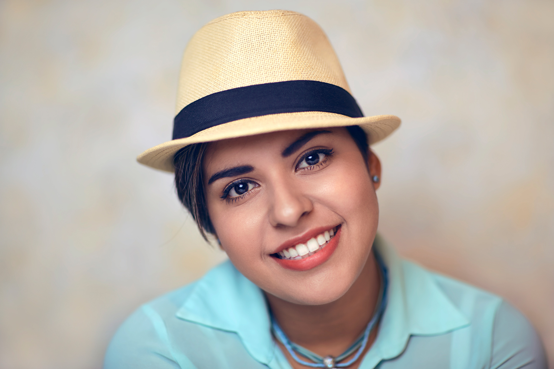 Senior-Portrait-Photography-Dafne-01L.jpg
