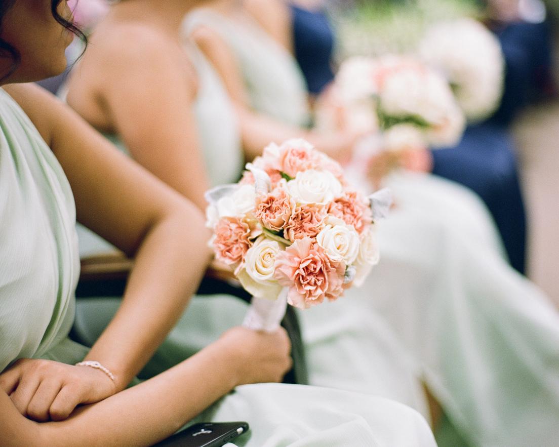 17_wedding-bridesmaid-bouquet-flowers.jpg