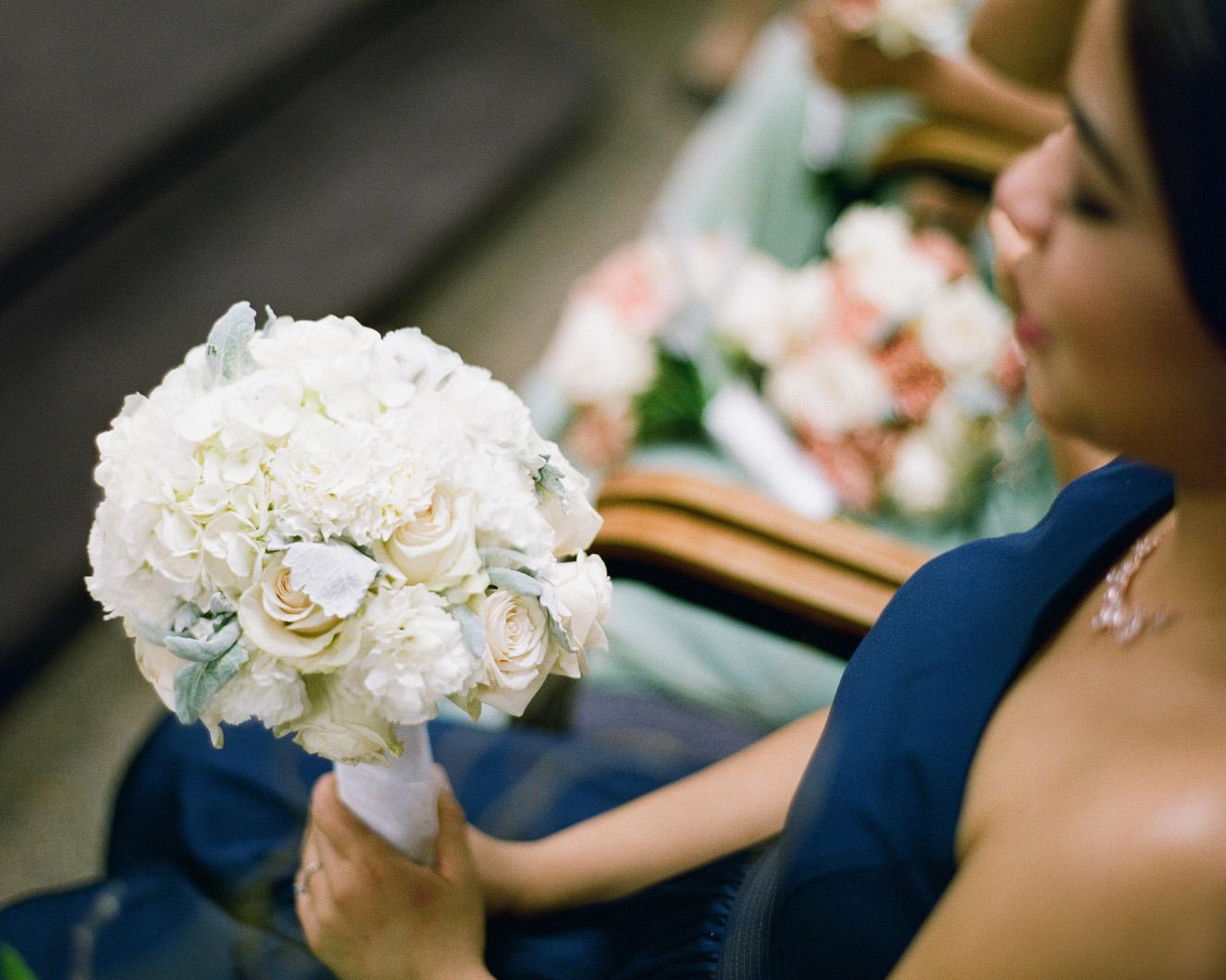 24_wedding-bouquet-of-flowers-nyc.jpg