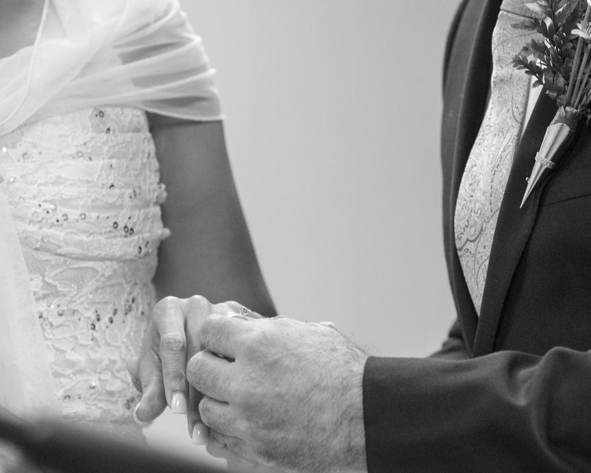 14_wedding-rings-photography.jpg