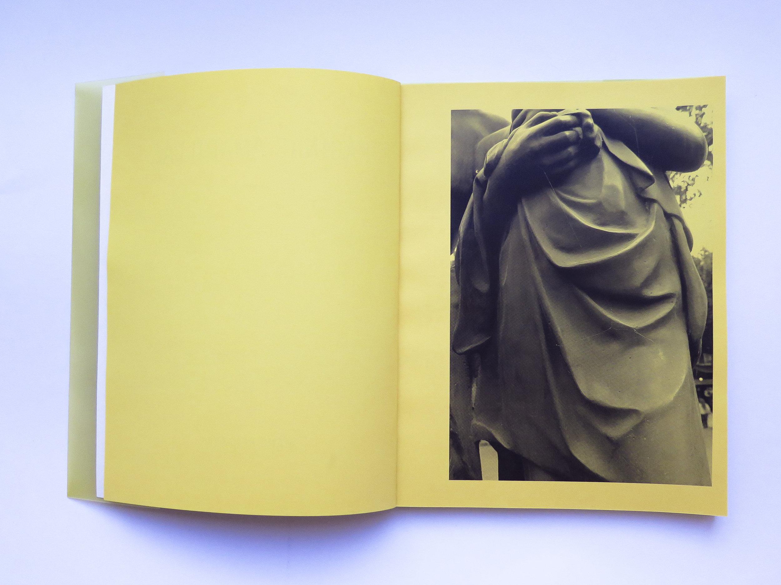 Mano Penalva, Paginas amarillas, foto dentro 6.jpg