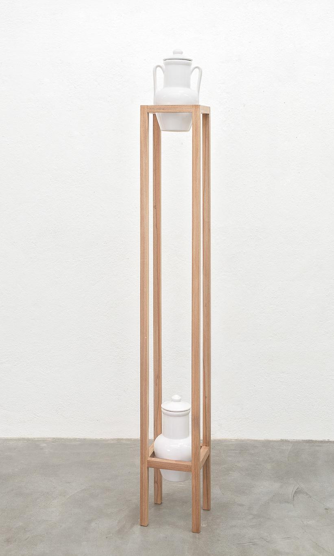 Mano Penalva, Kitnet, Casa de Andar, 2019, Suporte madeira e quartinhas, 160 x 20 x 20 cm-2.jpg