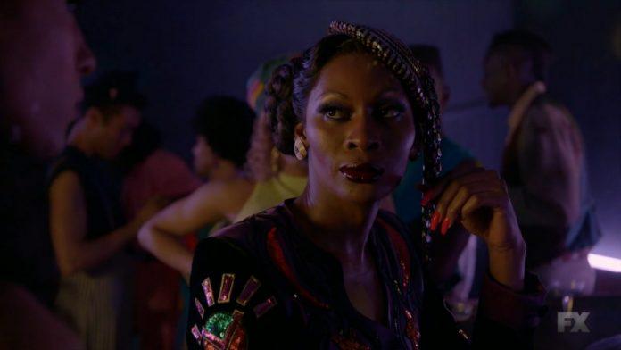 Elektra-Pose-Season-2-Episode-5-What-Would-Candy-Do-696x392.jpg