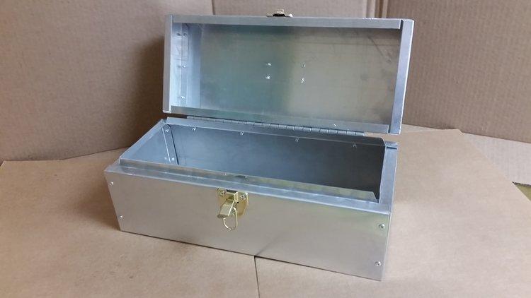 ALUMINUM SECRETS BOX2.jpg